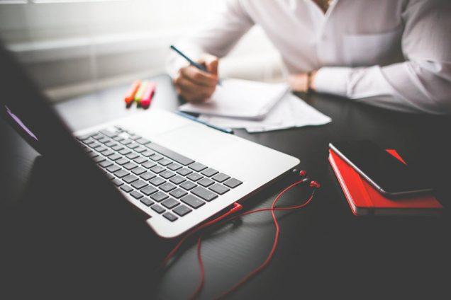 МЭР и Корпорация «Синергия» провели вебинар для сотрудников инфраструктуры поддержки МСП